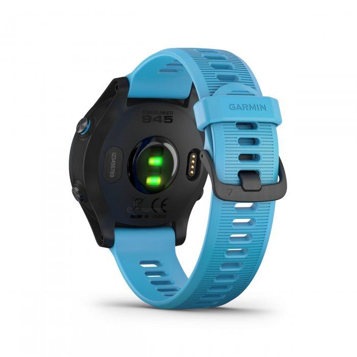 Garmin Forerunner 945 albastru bundle triatlon - ceas cu GPS pentru alergare, bicicleta, inot, triatlon si alte sporturi